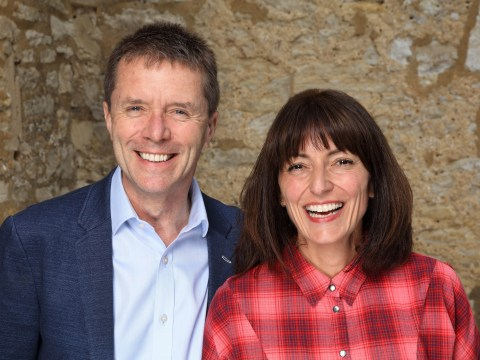 When is Long Lost Family on ITV and who are the presenters?