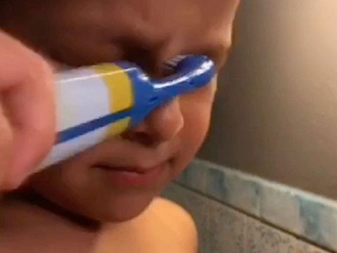 Hilarious moment mum catches son brushing his eyes instead of his teeth