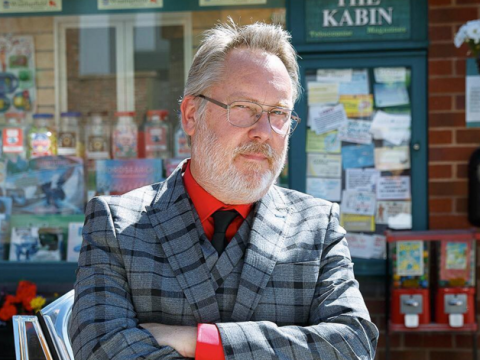 Coronation Street spoilers: First look as Vic Reeves makes his debut