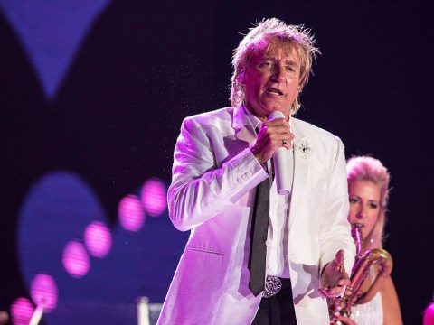 Rod Stewart teaming up with DNCE is why you need to be watching the MTV VMAs 2017