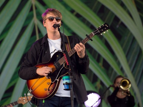 George Ezra dedicates song Barcelona to terror attack victims as he performs at V Festival