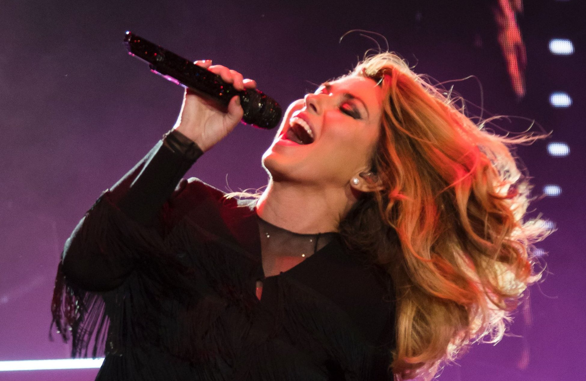 Shania Twain announces her first UK and Ireland tour in 13 years for autumn 2018