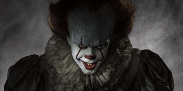 It becomes the highest-grossing horror movie in American history
