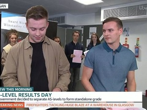 Student doesn't get grades he wants – live on TV