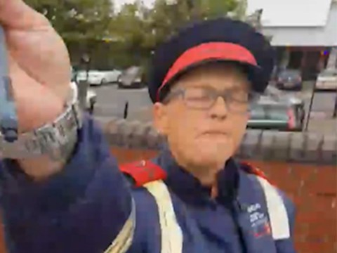 Driver with a ticket confronts parking warden for fining him