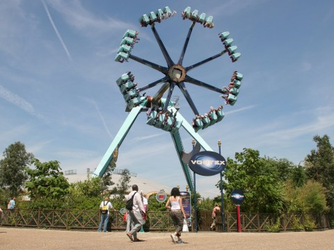 Five UK theme parks shut 'swinging pendulum' rides after US death