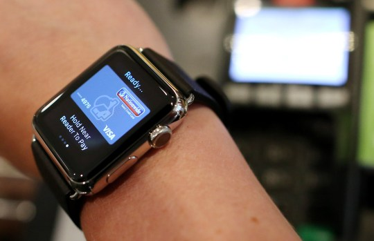 What is Apple Pay? Which banks support it and how do you use