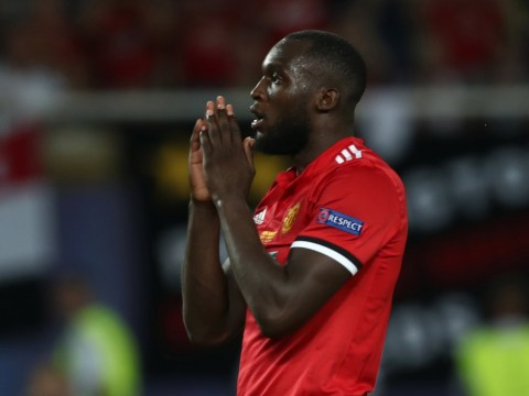 Manchester United striker Romelu Lukaku misses open goal against Real Madrid