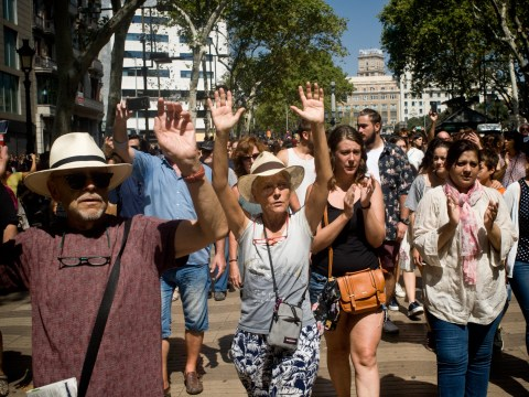 Crowd chants 'I am not afraid' as they march following Barcelona terror attack