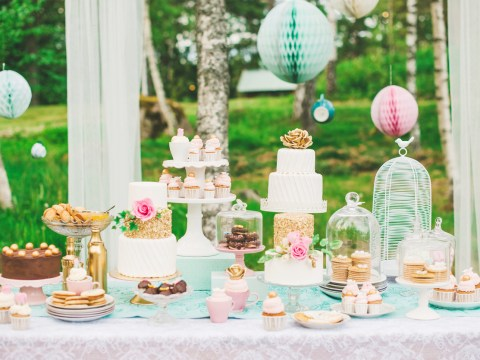 Going to a wedding fair? Here are some insider tips for getting the best suppliers, inspiration and discounts
