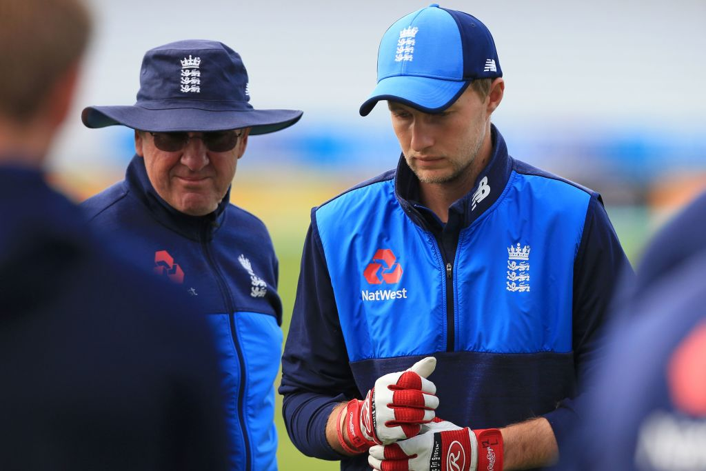 Trevor Bayliss hints at new role for England captain Joe Root during Ashes campaign