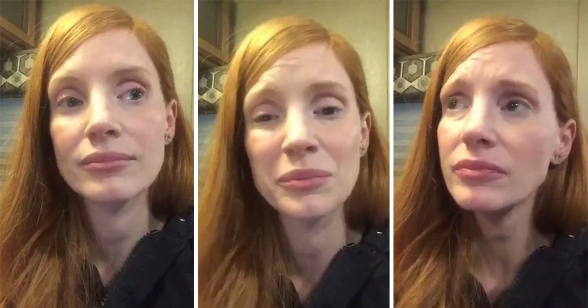 Jessica Chastain breaks down in emotional moment over Hurricane Harvey as death toll rises: 'My heart is very heavy'