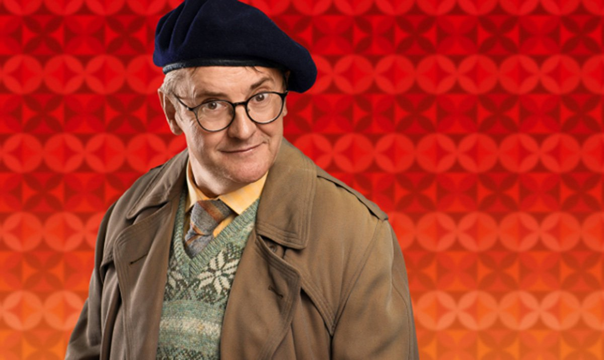 Joe Pasquale cast as the iconic Frank Spencer in Some Mothers Do 'Ave 'Em adaptation