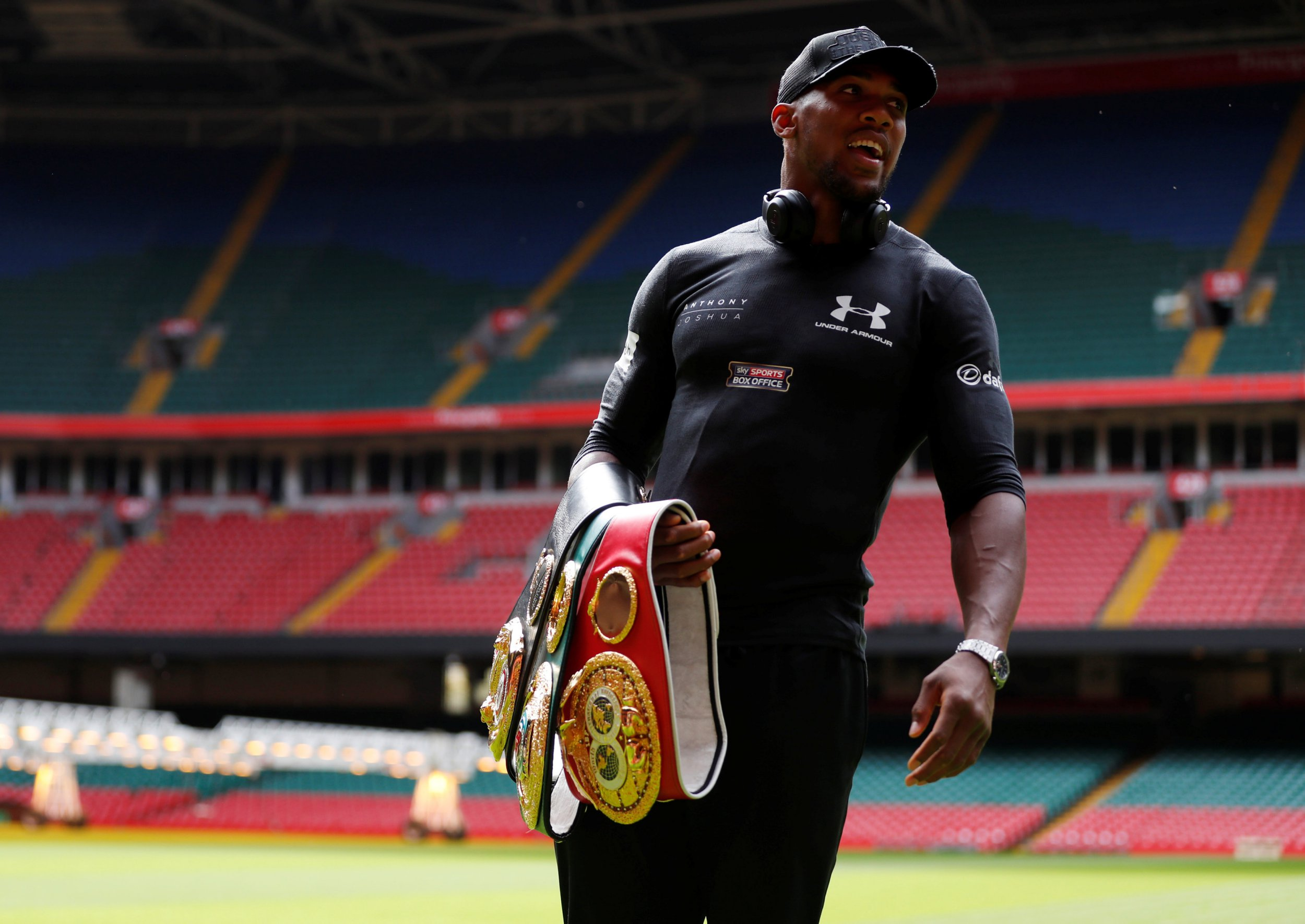 Tony Bellew: Deontay Wilder is kidding himself if he thinks Anthony Joshua fight will happen in America