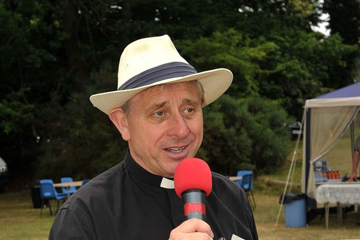 Vicar sets himself on fire after being arrested over historic sexual offences