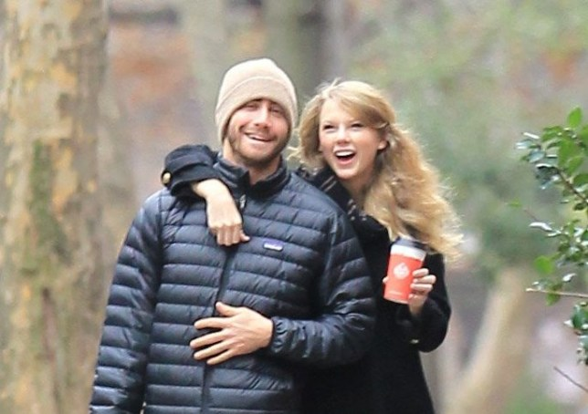 Asking about Taylor Swift's scarf shows you didn't listen to