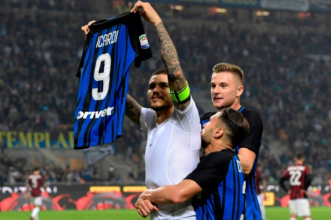 new arrival e3b63 85a55 Mauro Icardi copies Lionel Messi's celebration after Milan ...