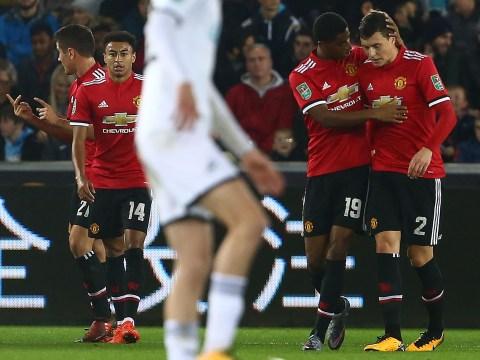 Marcus Rashford shows leadership qualities by encouraging Manchester United team-mate Victor Lindelof