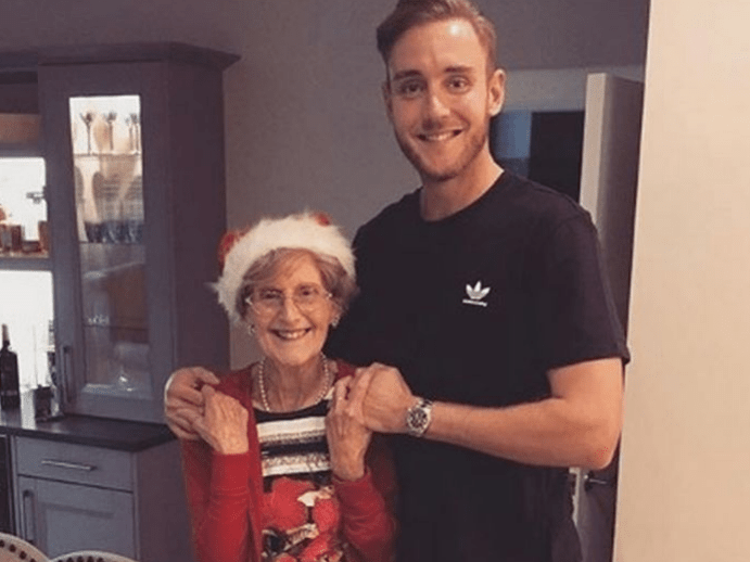 England cricketer Stuart Broad celebrates Christmas in October – so he can have festive meal with his gran