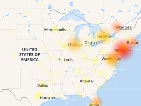 Instagram, Facebook and Tinder crashes all over America