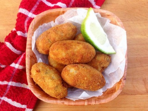 Try these Maacher Chop (fish croquettes) for post-Christmas feasting
