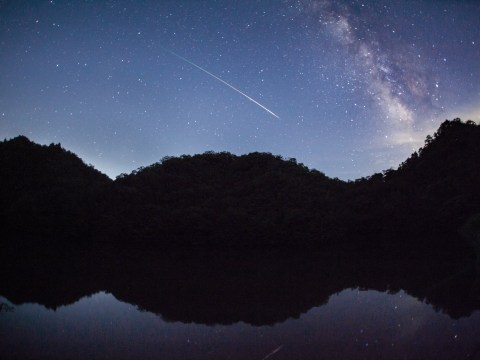 Best time to watch the Leonid meteor shower this week