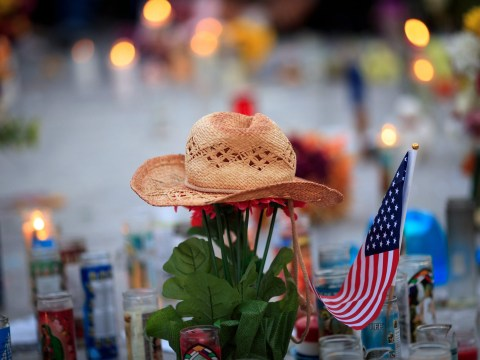 Police dramatically change Las Vegas shooting timeline