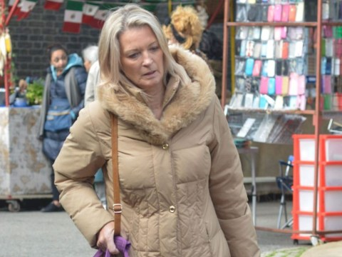 Did you spot Emmerdale's Zak and Lisa Dingle pop up in this EastEnders scene?