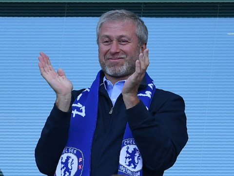 Roman Abramovich in talks over £500m investment for Chelsea