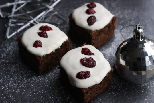 Alternative Christmas Cake.Stir Up Sunday 5 Easy Free From Christmas Cake Recipes