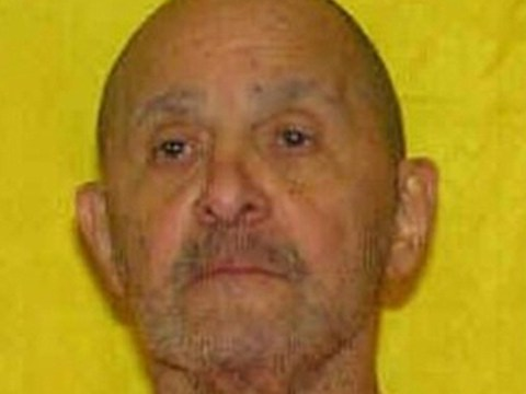Death row inmate gets pillow to help him breathe during execution
