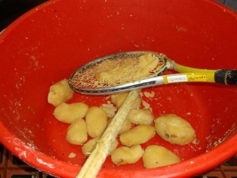 Bakery used dirty tennis racket to mash potatoes