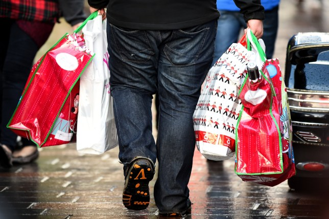 How to avoid being a victim of fraud when Christmas shopping