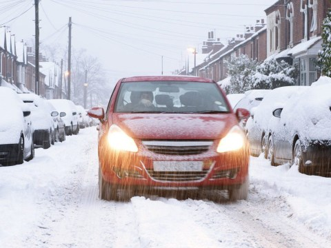 How to drive safely in ice and snow this winter