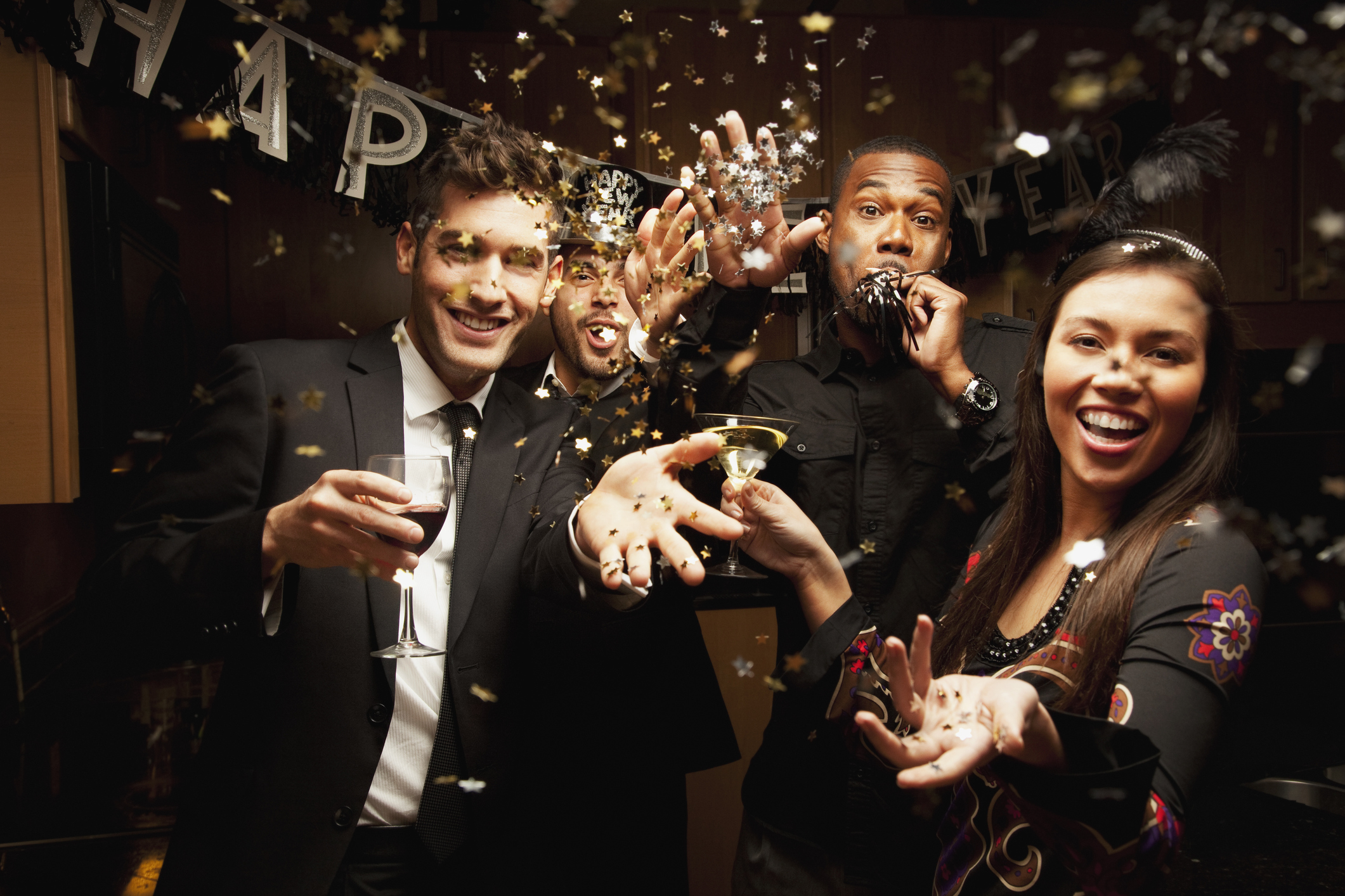10 ways to jazz up your New Year's Eve party drinks