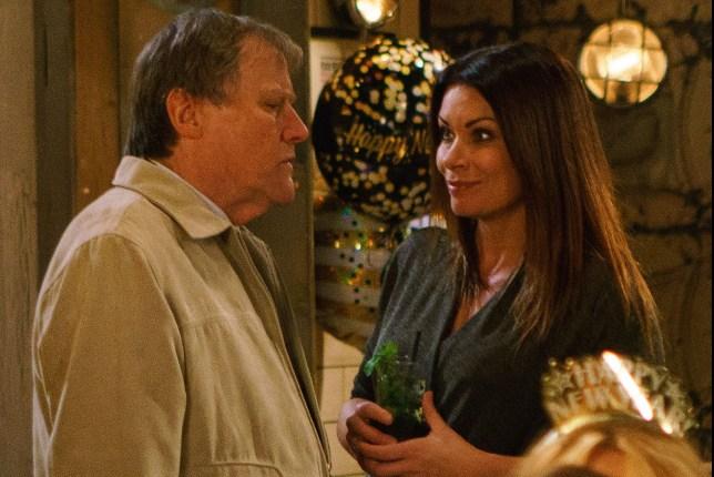 Carla reunites with Roy in Coronation Street