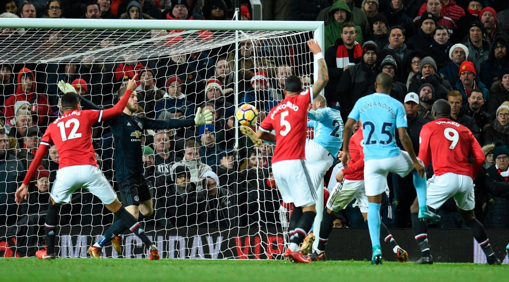 Manchester United fans give Romelu Lukaku two assists for Manchester City's goals