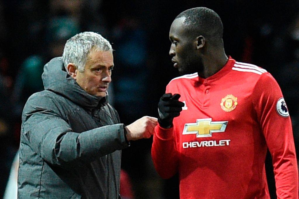 Jose Mourinho instructs Lukaku