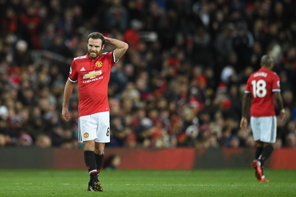Change of managers hurting the current Manchester United side, says Ryan Giggs
