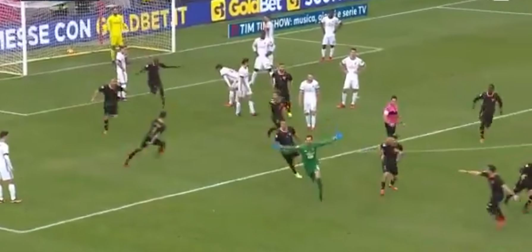 Goalkeeper wins Benevento's first point of the season with last-minute goal against AC Milan