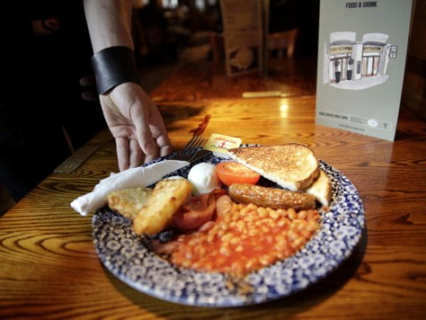 What time does Wetherspoon's do breakfast?