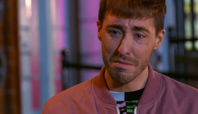 Scott cires over Maggie's death in Hollyoaks