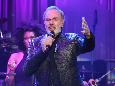 Neil Diamond reveals he's been diagnosed with Parkinson's as he retires from touring