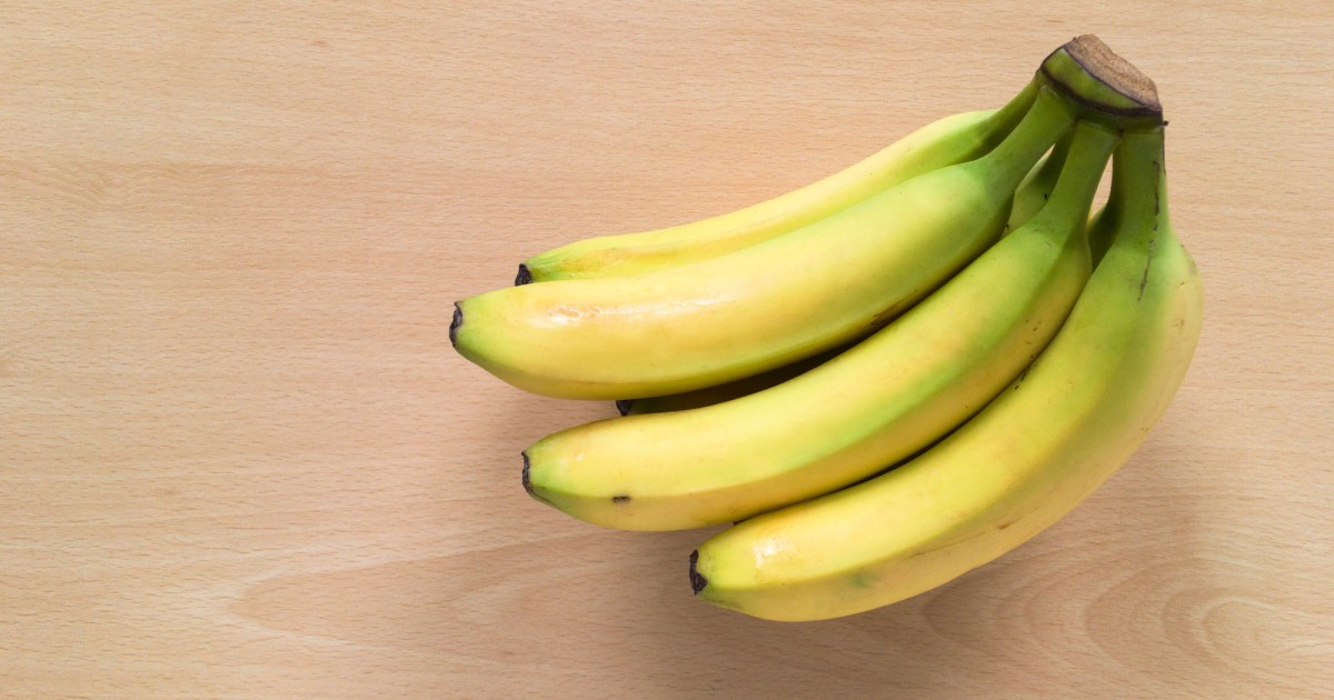 Five Photographs Of Banana In Seach Of >> How Many Bananas Can You Eat In A Day Can Too Many Be Dangerous