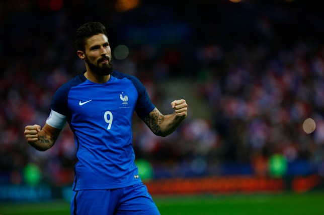 Olivier Giroud celebrates