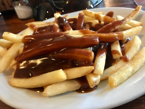 10 weird things only British people do with chips