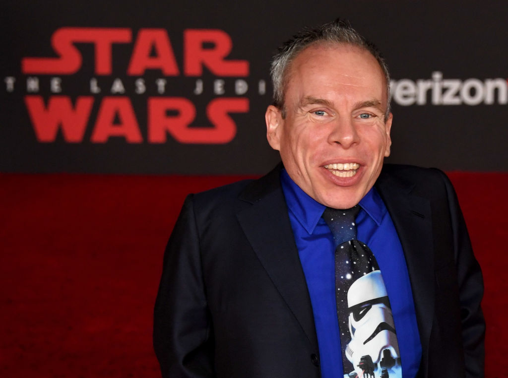 Harry Potter star Warwick Davis 'overwhelmed' by support after online abuse