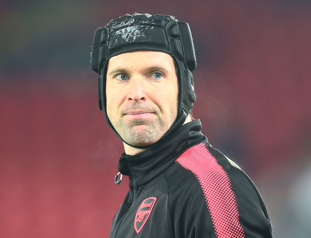 Arsenal fans rip into Petr Cech for bizarre tweet during humiliation at Nottingham Forest