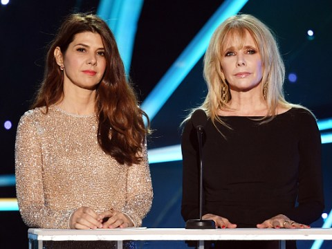 Rosanna Arquette tears up paying tribute to Harvey Weinstein and Kevin Spacey accusers