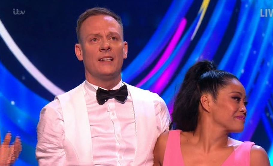 Dancing On Ice's Antony Cotton tearfully dedicates first skate to friend who passed away